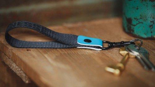 Cordón de lujo en relieve (corto)