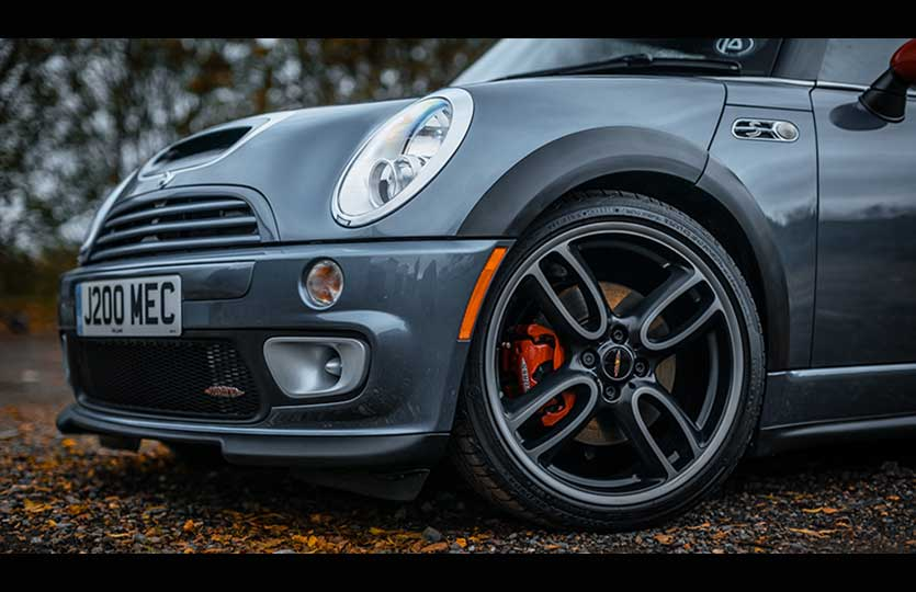 We get hands-on and detail a Mini GP with Caramics Auto Finesse