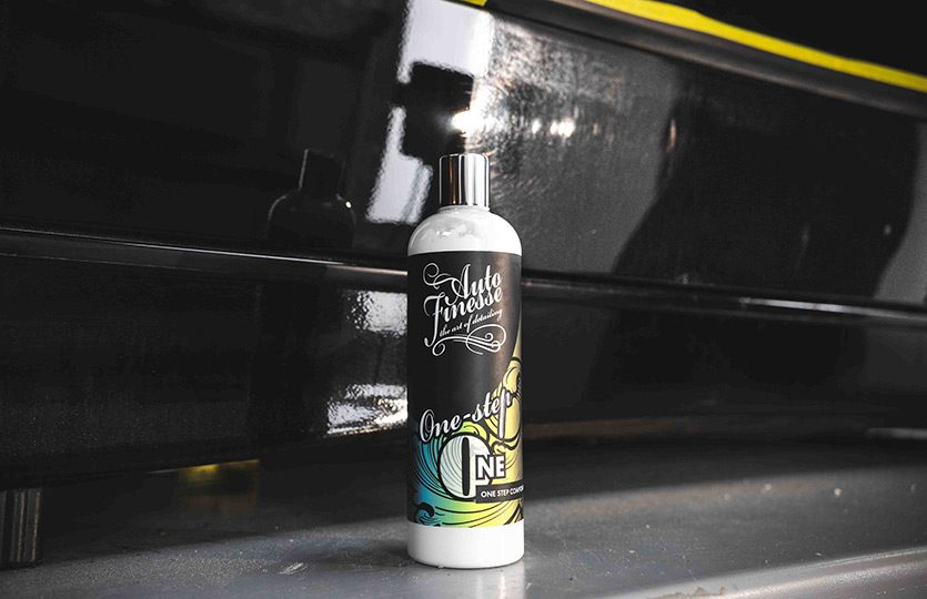 ONE STEP ALL-IN-ONE PAINT CORRECTION