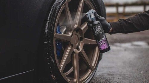 Imperial wheel cleaner