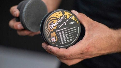 Carnauba wax for vintage paint types